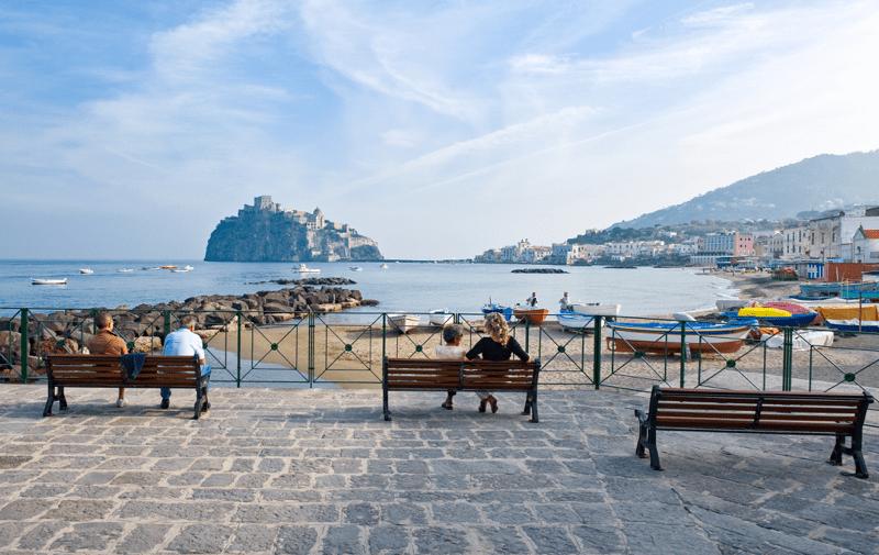 spiaggia pescatori_Ischia beach_Villa Italy