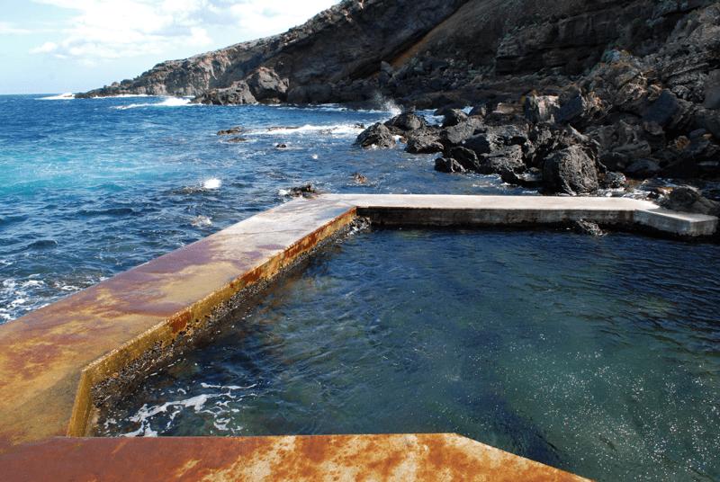 Cala Gadir_Thermal springs_Pantelleria_Villa Italy