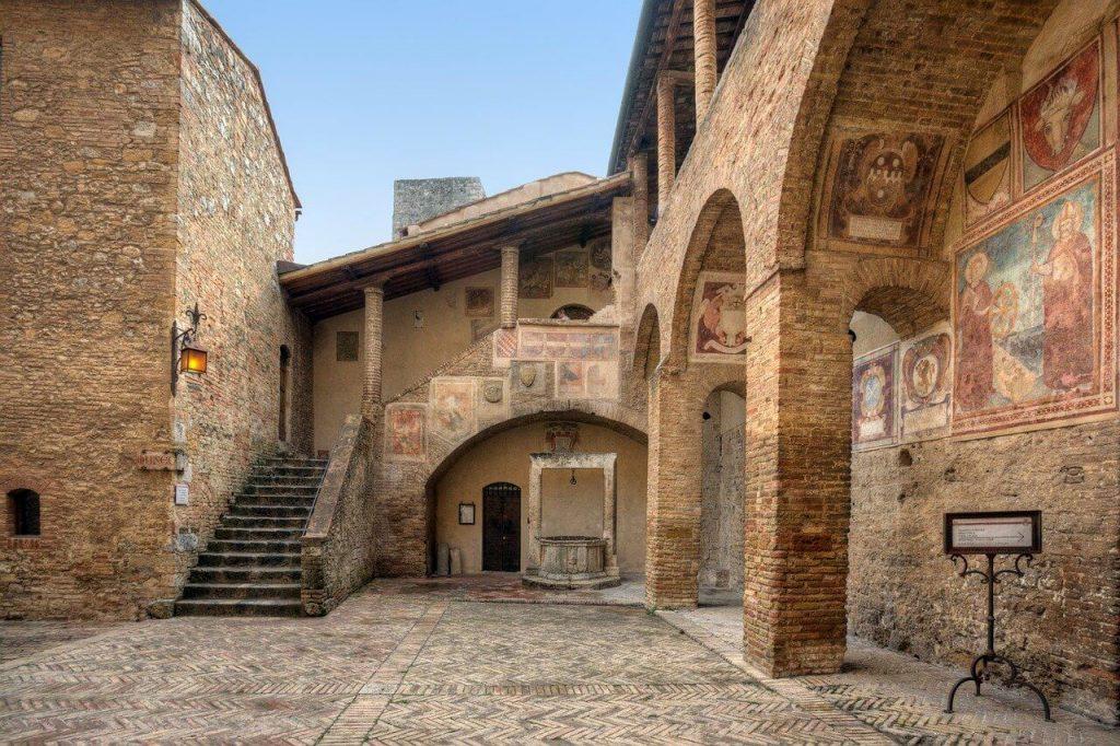 Fresco San Gimignano Tuscany Villa Italy