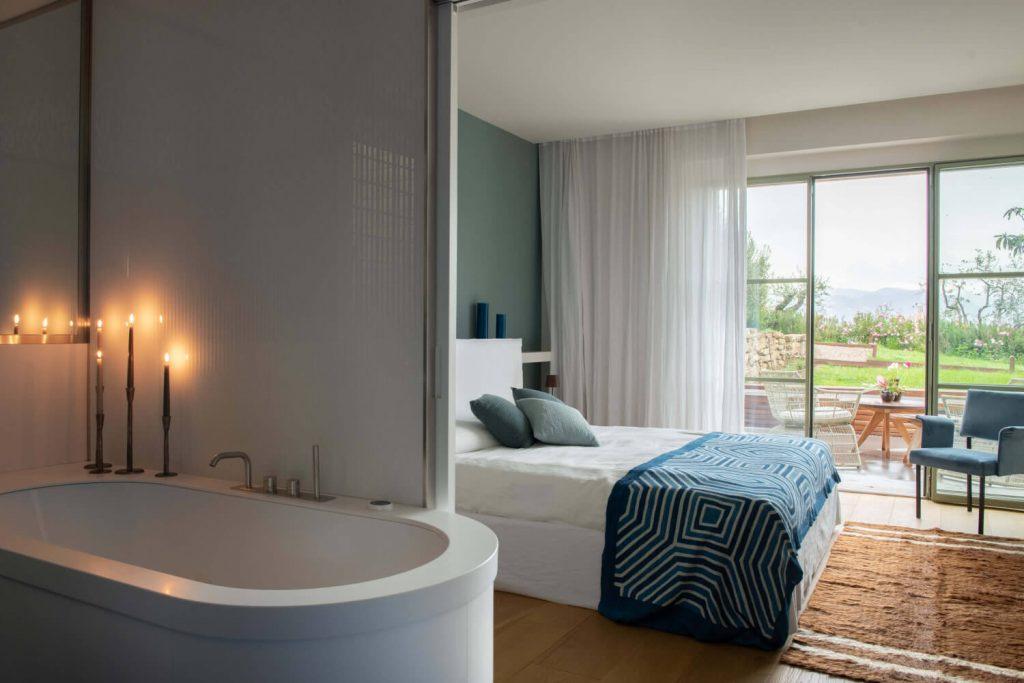 Villa Dimora Bellosguardo Bedroom
