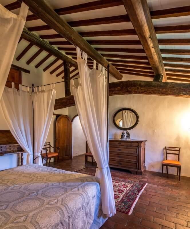 Villa Prenzano Bedroom
