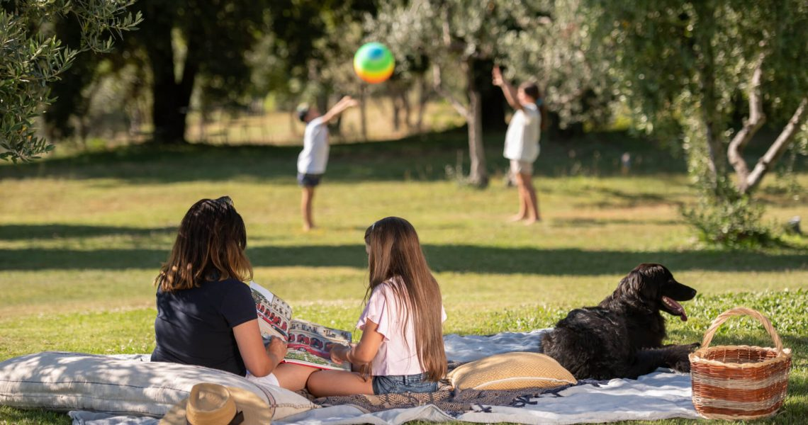 children-playing-villa-prenzano
